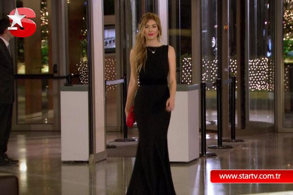 Küçük Sırlar 23bolum Siyah Elbise Fancy Melis